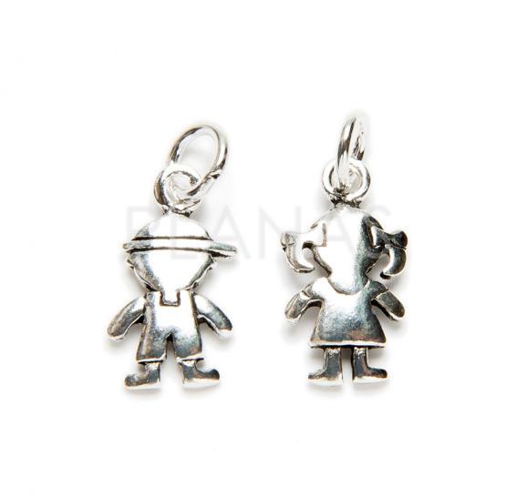 Mini pendant in sterling silver.