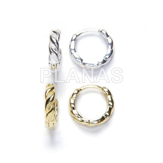Braided earrings in sterling silver.