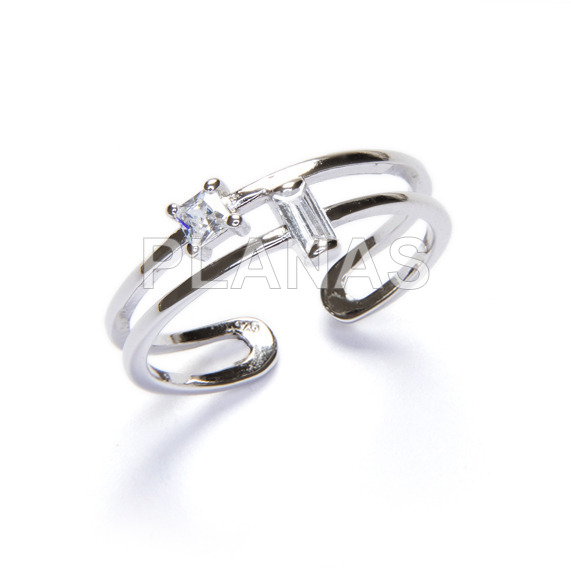 Ring in rhodium sterling silver and zircons.