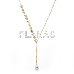 Pendant in sterling silver and shell pearl.